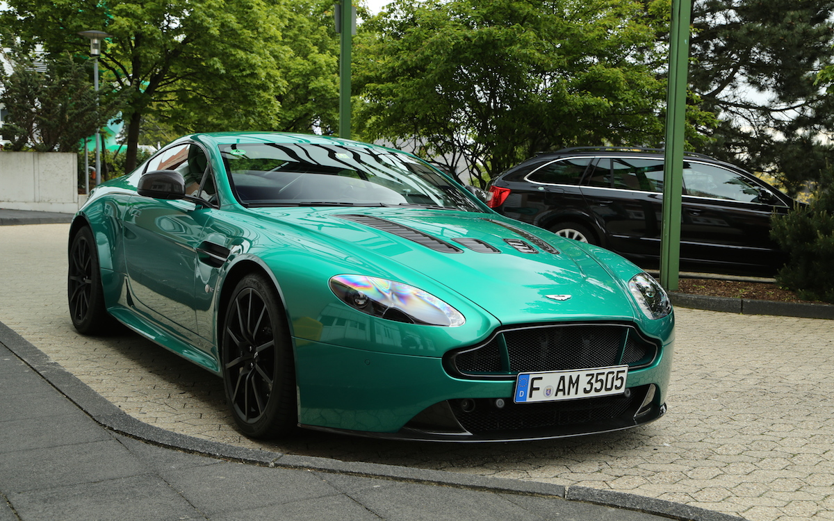 V12 Vantage S in Viridian Green - 2