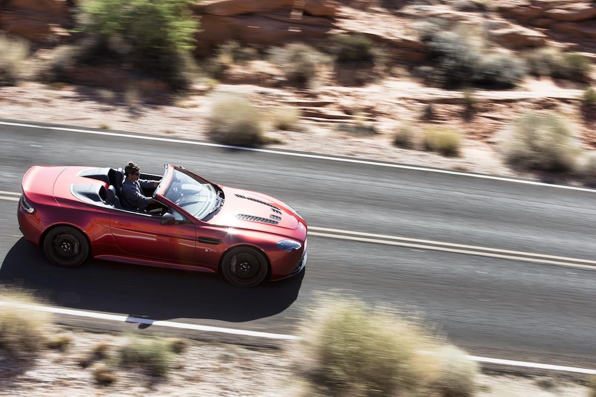 V12 Vantage S Roadster - 1